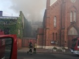 Pożar na Skłodowskiej -Curie w Łodzi. Kłęby czarnego dymu nad Starym Polesiem