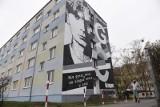 Przy ul. Reja w Toruniu powstał mural poświęcony Grzegorzowi Ciechowskiemu. Zobacz zdjęcia!