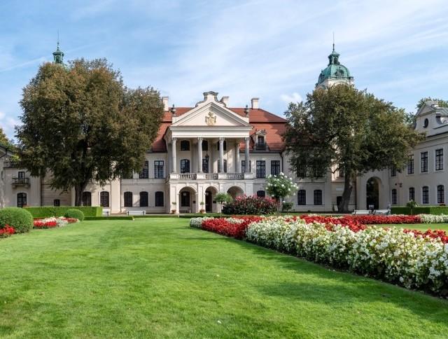 Muzeum Zamoyskich w Kozłówce od wtorku 5 maja otwiera swój park