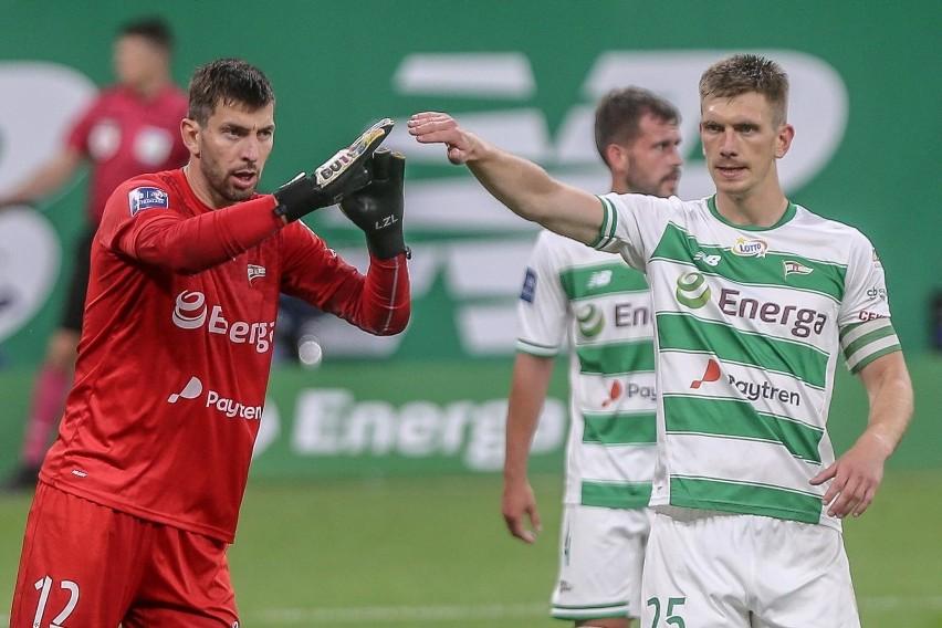 Od dawna kolorytu Ekstraklasie dodają obcokrajowcy: piłkarze...
