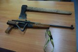 Radgoszcz. Ratowników zaatakował nożem, policjantów ostrzelał z wiatrówki