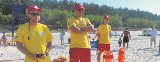 Ratownicy w Łebie nie tylko ratują topiących się plażowiczów. Muszą być też dyplomatami...