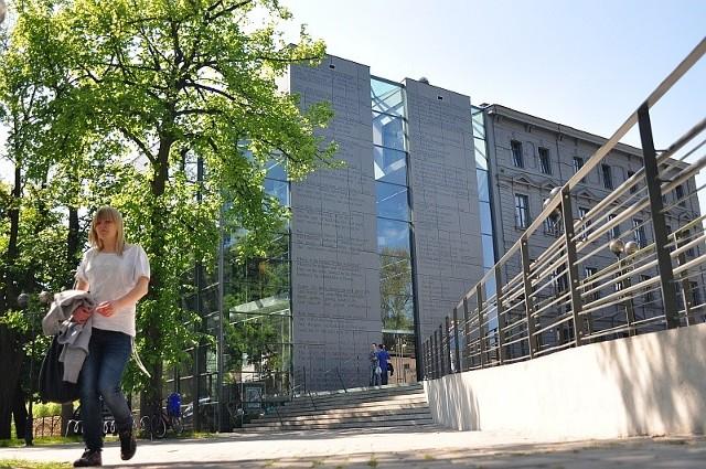 Miejska Biblioteka Publiczna, OpoleMiejska Biblioteka Publiczna, Opole