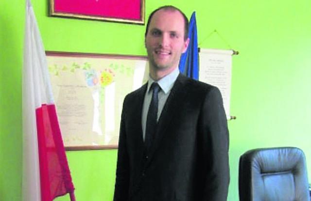 """Mówi się, że Konrad Malicki """"rozruszał"""" gminę Czempiń, której od dwóch lat jest burmistrzem. SMS o treści CZR.137"""