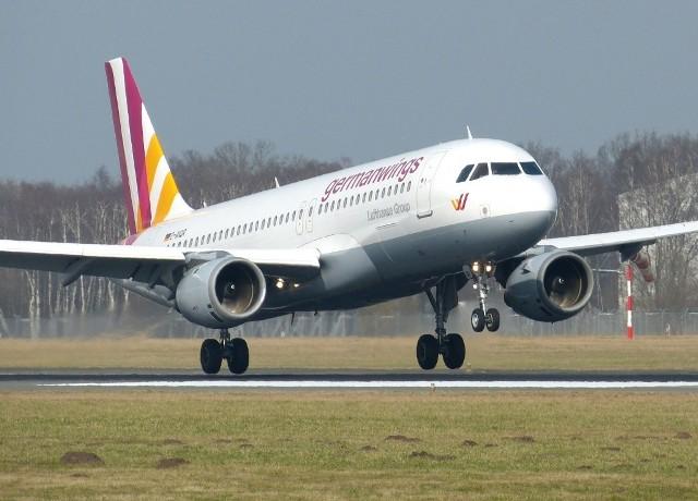 Śledczy podali, że drugi pilot miał celowo rozbić Airbusa.