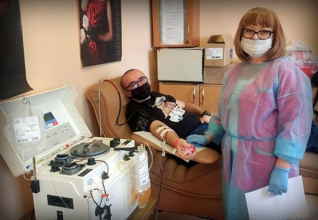 W środę, 10 marca po raz pierwszy na ziemi sandomierskiej pobrane zostało osocze od ozdrowieńca. Był nim  żołnierz krwiodawca z Wojskowego  Klubu HDK PCK 111 przy JW 3533 Sandomierz