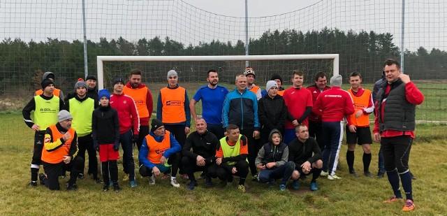 Piłkarze z Chomentowa zagrali noworoczny sparing