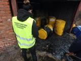 Coraz więcej zgłoszeń o wyrzuconych toksycznych odpadach - bydgoski WIOŚ ma ręce pełne roboty