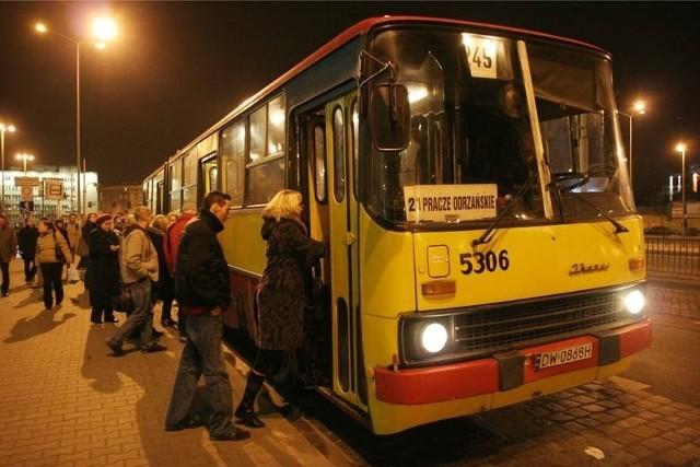 Kontrole w nocnych autobusach we Wrocławiu wróciły