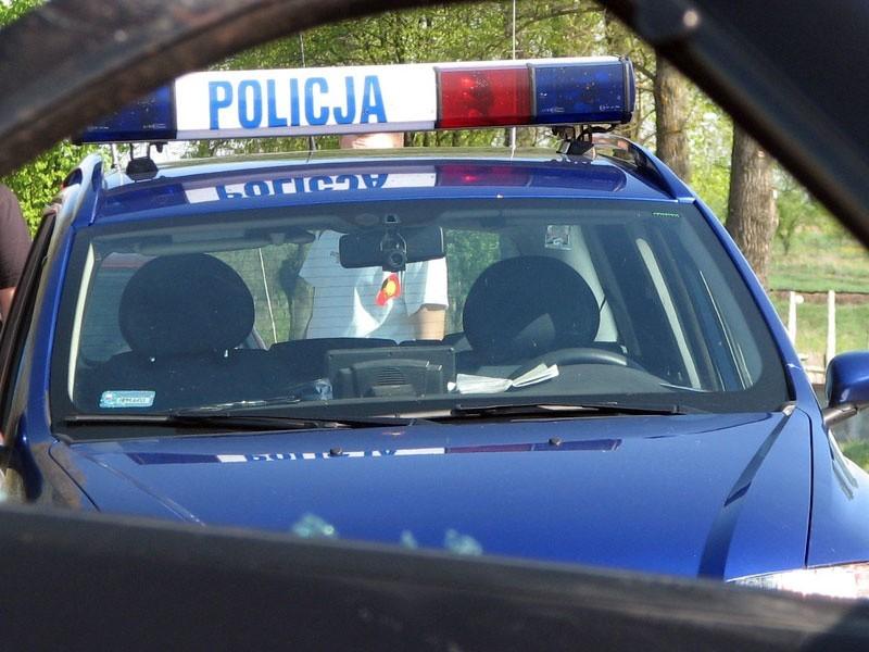 Kierowca opla nie zachował bezpiecznej odległości