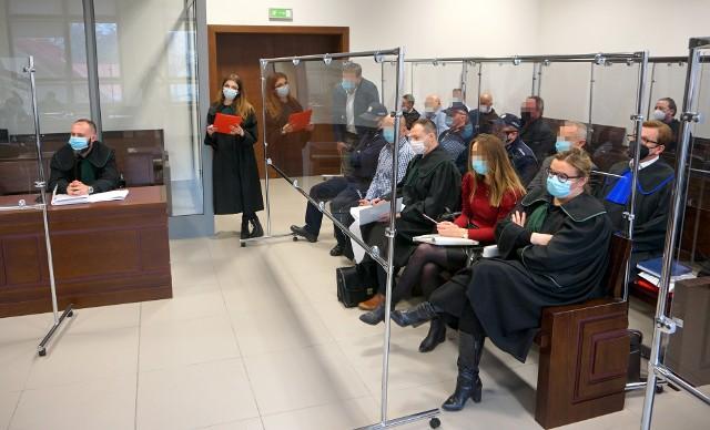 Proces grupy osób podejrzanych o wyłudzanie VAT