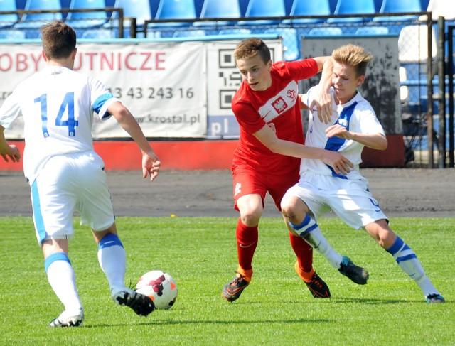 Młodzi biało-czerwoni pozazdrościli starszym kolegom i w takich samych rozmiarach, co drużyna Adama Nawałki, rozbili Finlandię