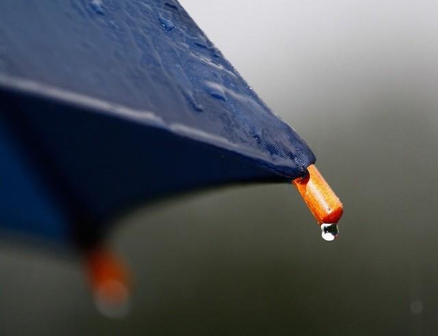 Od wtorku do czwartku będzie padać. Synoptycy zapowiadają, że opady będą dość intensywne.