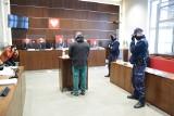 Były strażnik miejski oskarżony o zabicie ciężarnej żony. Ruszył proces