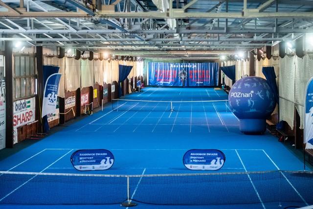 Po modernizacji w hali AZS mogą trenować również tenisiści i to równocześnie na trzech kortach