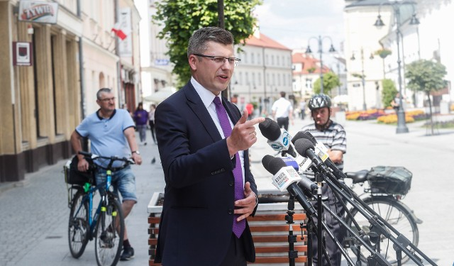 Marcin Warchoł podsumował w Rzeszowie swoją kampanie wyborczą. Galeria zdjęć.