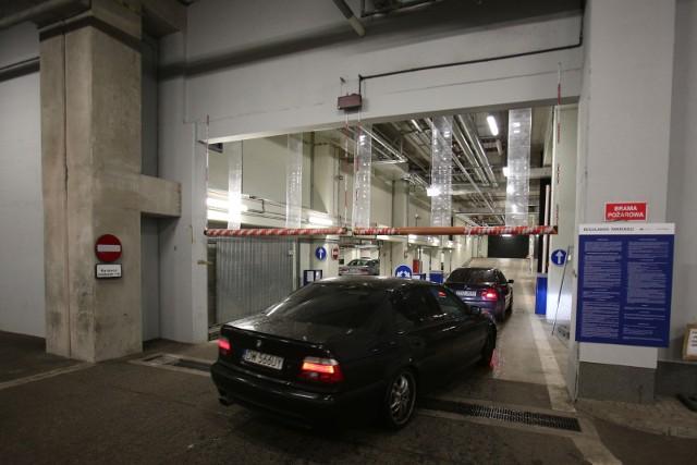 Parking przy NFM