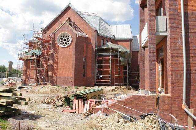 Budowa nowego kościoła w KatowicachZobacz kolejne zdjęcia/plansze. Przesuwaj zdjęcia w prawo - naciśnij strzałkę lub przycisk NASTĘPNE