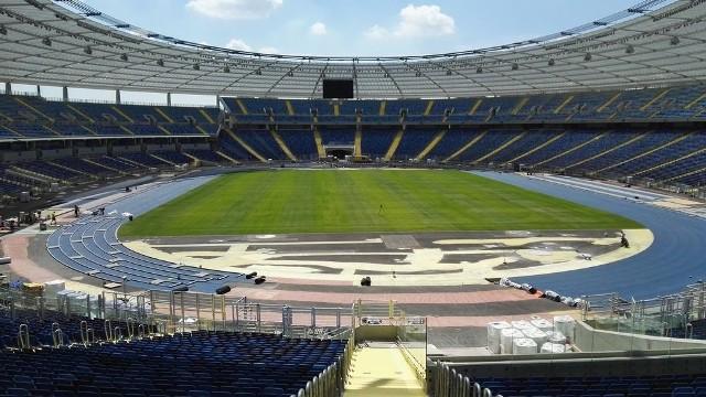 Na Stadionie Śląskim powstaje bieżnia lekkoatletyczna.