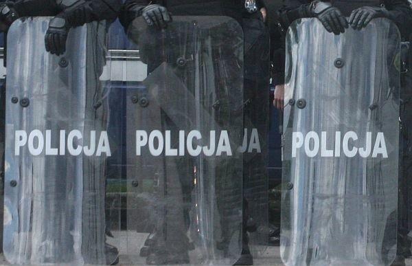 Żaden przedstawiciel rządu nie wyszedł do policjantów