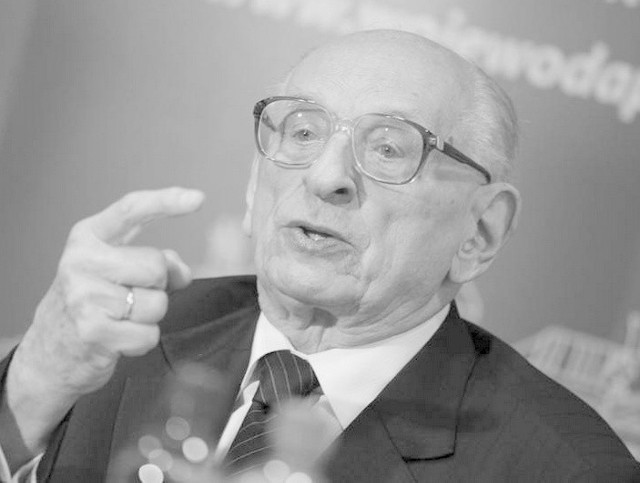 Prof. Władysław Bartoszewski był więźniem Auschwitz i żołnierzem Armii Krajowej