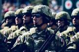 Zarobki w wojsku 2020: cała prawda o zarobkach żołnierzy! Oto najnowsze stawki: od szeregowca do generała. Takie są pensje w polskiej armii