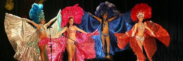 Na scenie swoje taneczne wdzięki prezentowały latynoskie tancerki