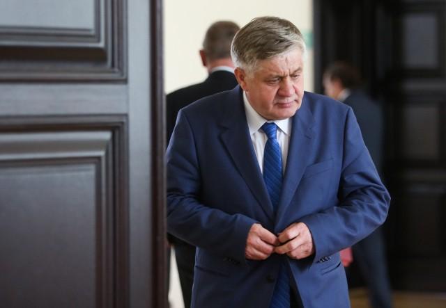 Minister Jurgiel dowiedział się o staraniach samorządu z mediów.
