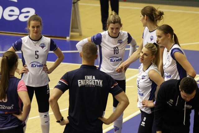 Rozmowy trenera Marcina Patyka z siatkarkami Enei Energetyka nie przyniosły w środowym meczu pożądanych efektów