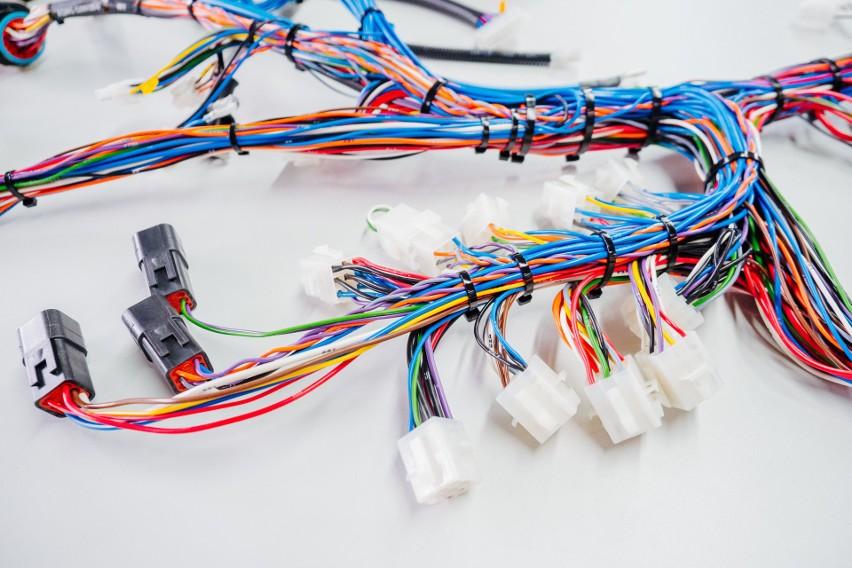 """AQ Wiring Systems STG łączy Skandynawię z Pomorzem przez nowoczesne systemy okablowania. """"Nasze produkty cechuje niezawodność"""""""