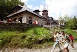 Najładniejsze schroniska górskie w Beskidach. Malownicze schroniska, chatki, TOP 21 schronisk. Ranking schronisk i chatek w Beskidach