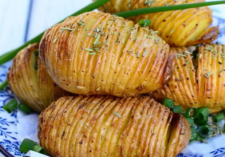 Ziemniaki Pieczone Grillowane Czy Z Boczkiem Proste Przepisy Na