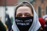 Żegnaj ZOZO, nie będziemy tęsknić! Rok 2020 na zdjęciach: koronawirus, protesty i skandale. Tymi wydarzeniami żyła cała Polska