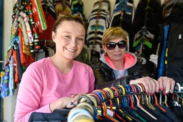 Pracujemy codziennie od 5 rano. Dlatego w niedzielę robimy sobie wolne. Ale 1 maja będzie czekać na klientów - mówi Joanna Kijek (z lewej), która z mamą Wiesławą Nikiforowicz prowadzi rodzinny interes.