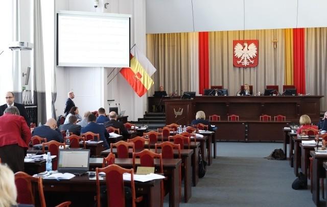 Sala obrad Rady Miejskiej w Łodzi.