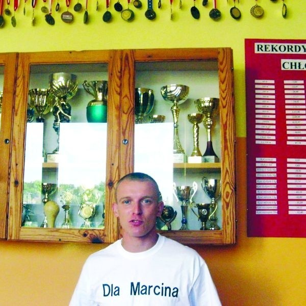 Pawła Kalinowskiego tak samo cieszą jego osobiste sukcesy w bieganiu, jak i zdobycze wychowanków