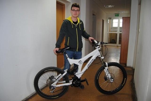 Policjanci odzyskali rower za 12 tys. zł