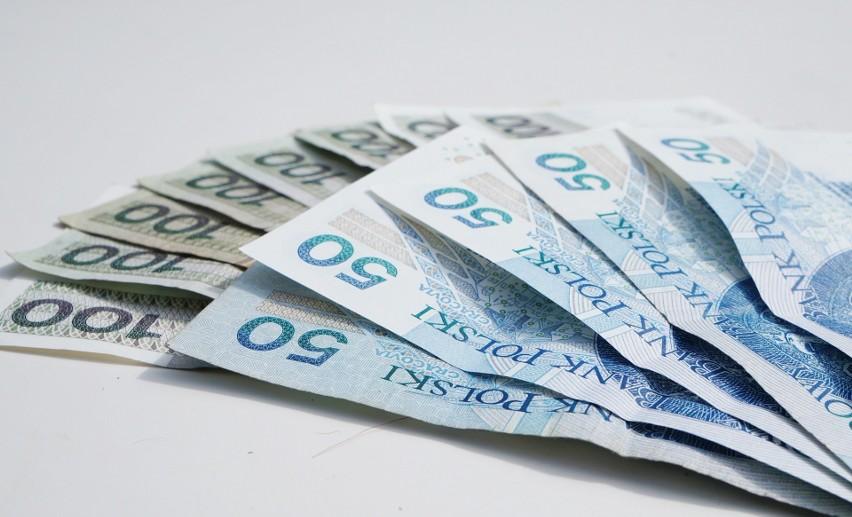 Kredyty mieszkaniowe bierzemy garściami. Średnio pożyczamy rekordowe 318 tys. zł
