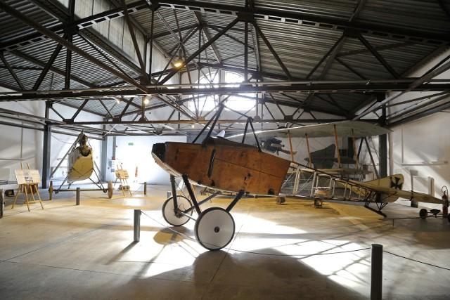 Mały hangar lotniczy po remoncie