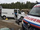 Wypadek na DK1 w Kruszynie ZDJĘCIA Kierowca zakleszczył się w aucie