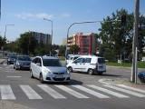 Białystok. Na rogu ulic Bitwy Białostockiej i Radzymińskiej miało być rondo, ale będzie skrzyżowanie. Miasto zapewnia, że bezpieczne