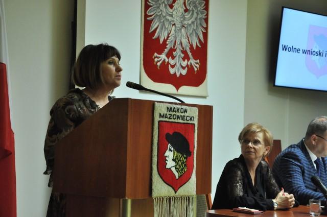 """W sprawie stawek za śmieci wypowiedziała się prezes SM """"Jubilatka"""", Katarzyna Ciesielska"""