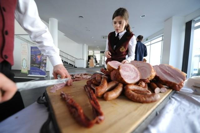 Tegoroczna Polagra to święto branży mięsnej. Po roku przerwy na MTP powrócił Salon Technologii Mięsnych