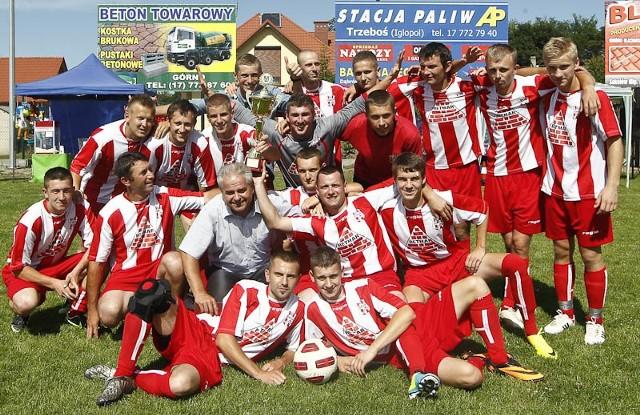 Zorza Trzeboś lepsza od NowinZorza Trzeboś pokonała Nowiny po rzutach karnych 3-2 (w regulaminowym czasie 5-5) w wielkim finale szóstej edycji plebiscytu na Najsympatyczniejszą Drużynę Podkarpacia.