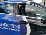 Suwałki. Wandale wybili szybę w klubowym samochodzie Ślepska Malow Suwałki [ZDJĘCIA]