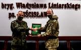 Wojska Obrony Terytorialnej. Wręczono Strebny Medal Wojska Polskiego dla brytyjskiego oficera (zdjęcia)
