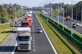 Od soboty 22 czerwca wchodzi zakaz ruchu dla tirów. Ekspresowe zmiany w rozporządzeniu podpisał Minister Infrastruktury