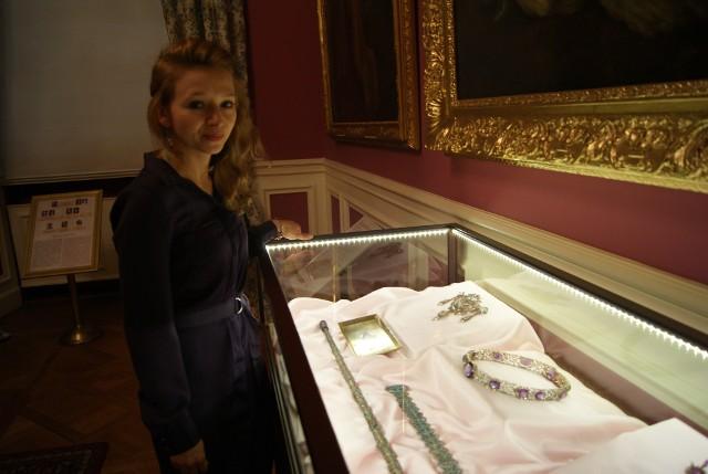 W  Muzeum Zamkowym w Pszczynie ponownie można oglądać biżuterię księżnej Daisy von Pless