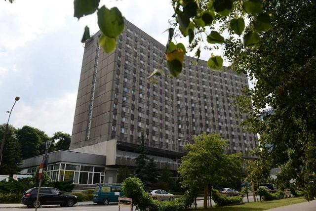 Nowy Polonez: zamiast hotelu - akademik