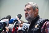 Piątka PiS dla zwierząt: Jarosław Kaczyński zawiesił 15 posłów PiS. To kara za głosowanie przeciwko projektowi partii [LISTA NAZWISK]